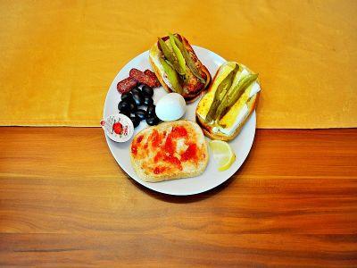 Сандвичи - закуска компле